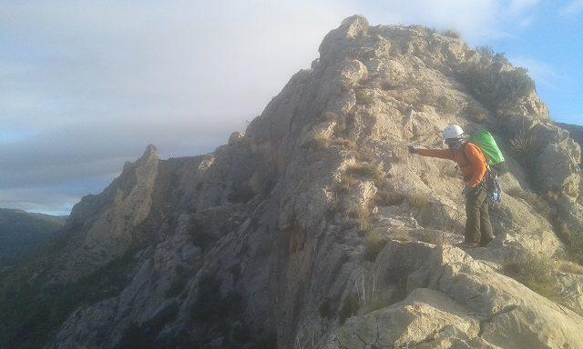 Cresta cuevas del Canelobre 2