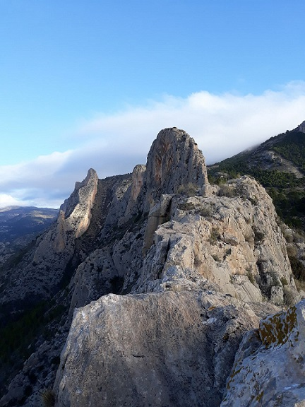 Cresta cuevas del Canelobre 4