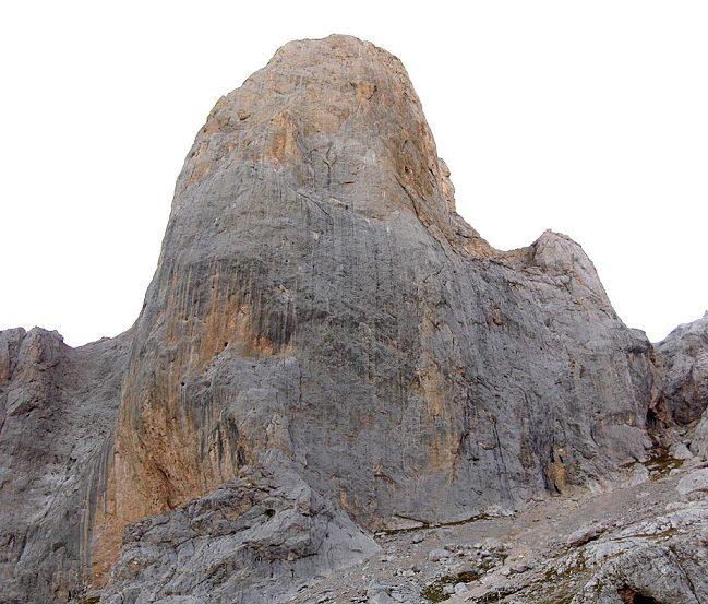 Zona escalada pico Uriellu