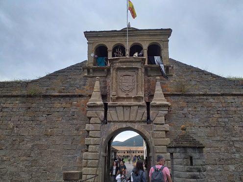 Portico ciudadela de Jaca