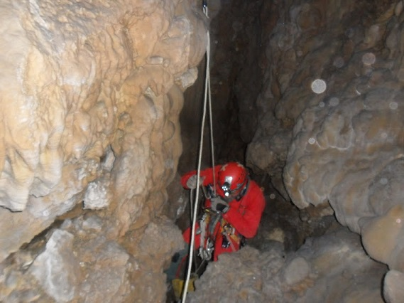 cuevas simas navarra